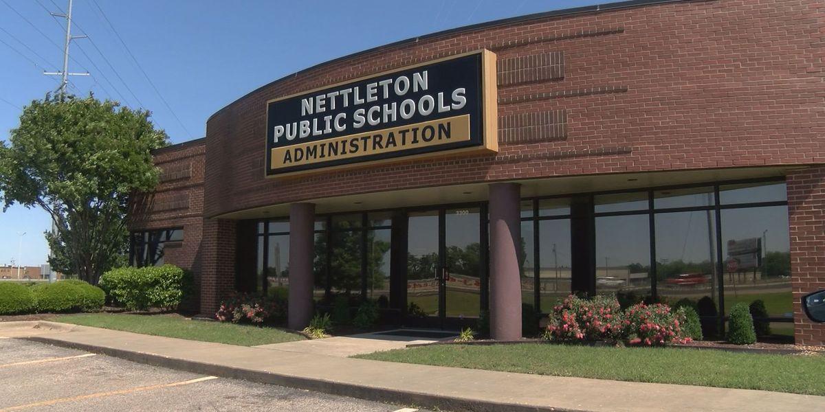 Superintendent brags on school for handling lockdown situation