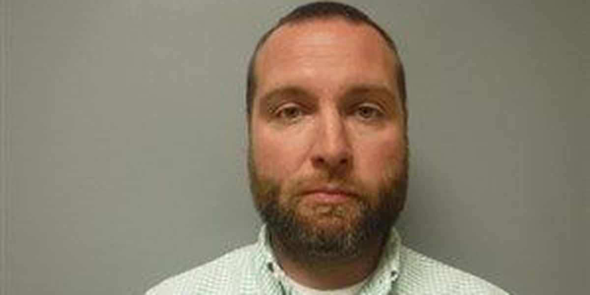 Employee accused of padding hours facing theft charge