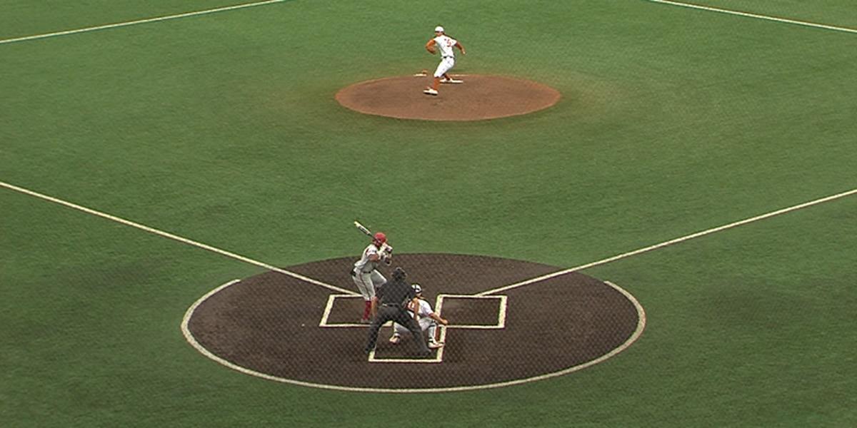 Franklin hits grand slam, #8 Arkansas routs #4 Texas 11-4
