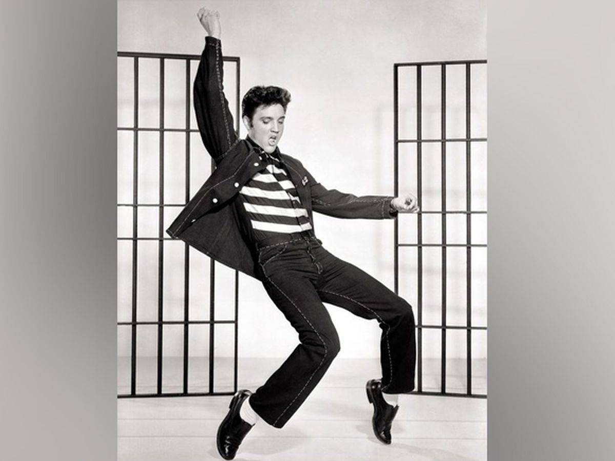 Fans tap into Elvis Presley auction for the King of Rock and Roll's birthday