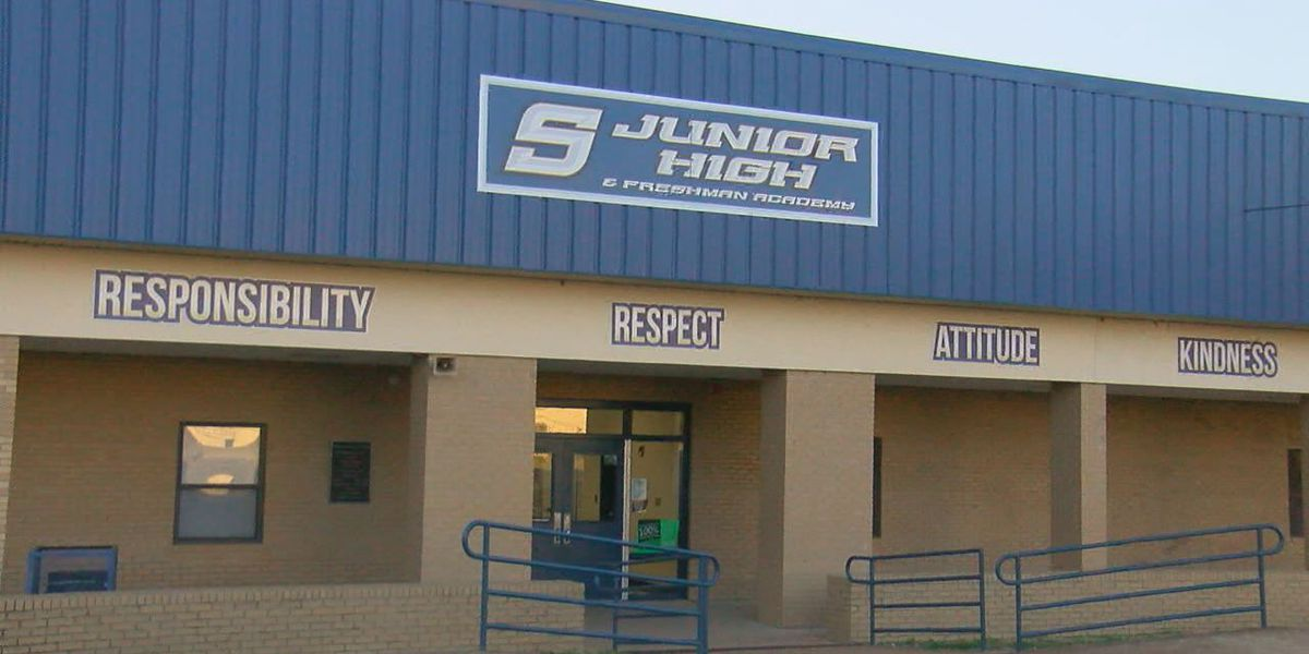 Southside Junior High receives charter status, $1.25M grant