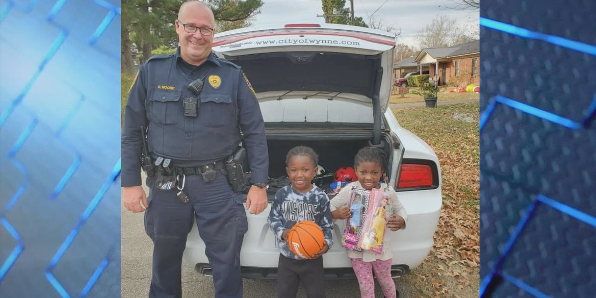 Police department hands out toys to kids while on patrol