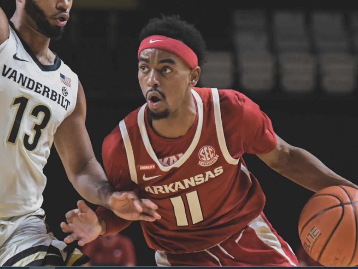 Arkansas men storm past Vanderbilt 92-71