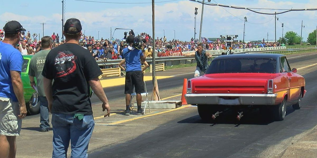 Memphis Street Outlaws bring huge crowd to local dragstrip