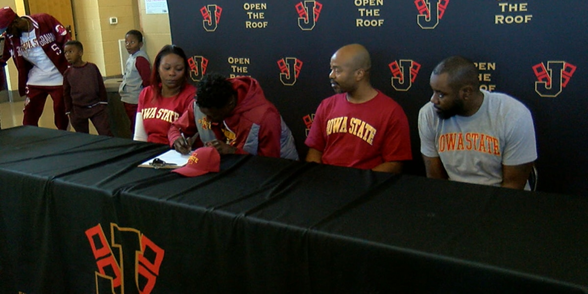 Marcedus Leech continues comeback story by signing with Iowa State