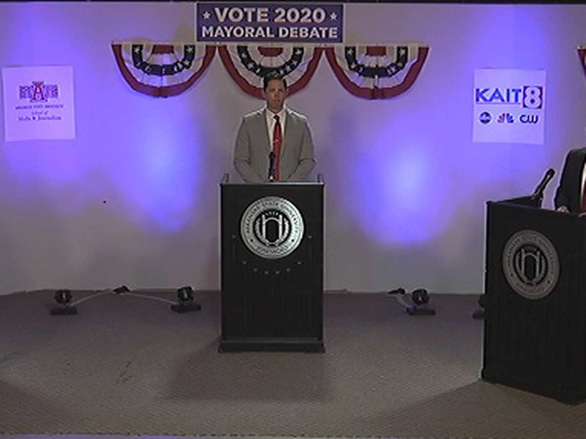 Candidates tout experience, discuss issues during Jonesboro Mayor debate