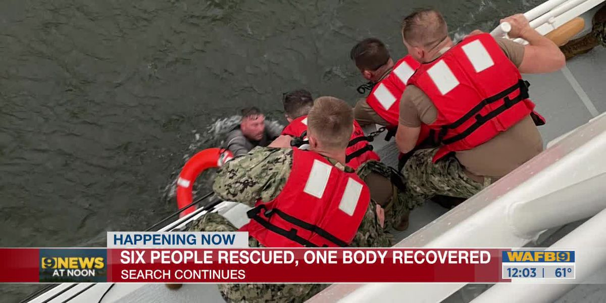 1 dead, 6 rescued, search on for others after boat capsizes south of Louisiana