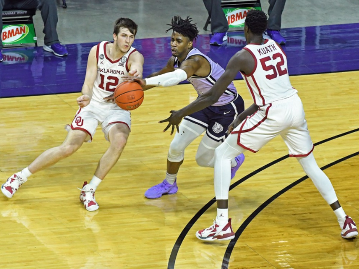 Austin Reaves had 25 pts but #7 Oklahoma upset by Kansas State