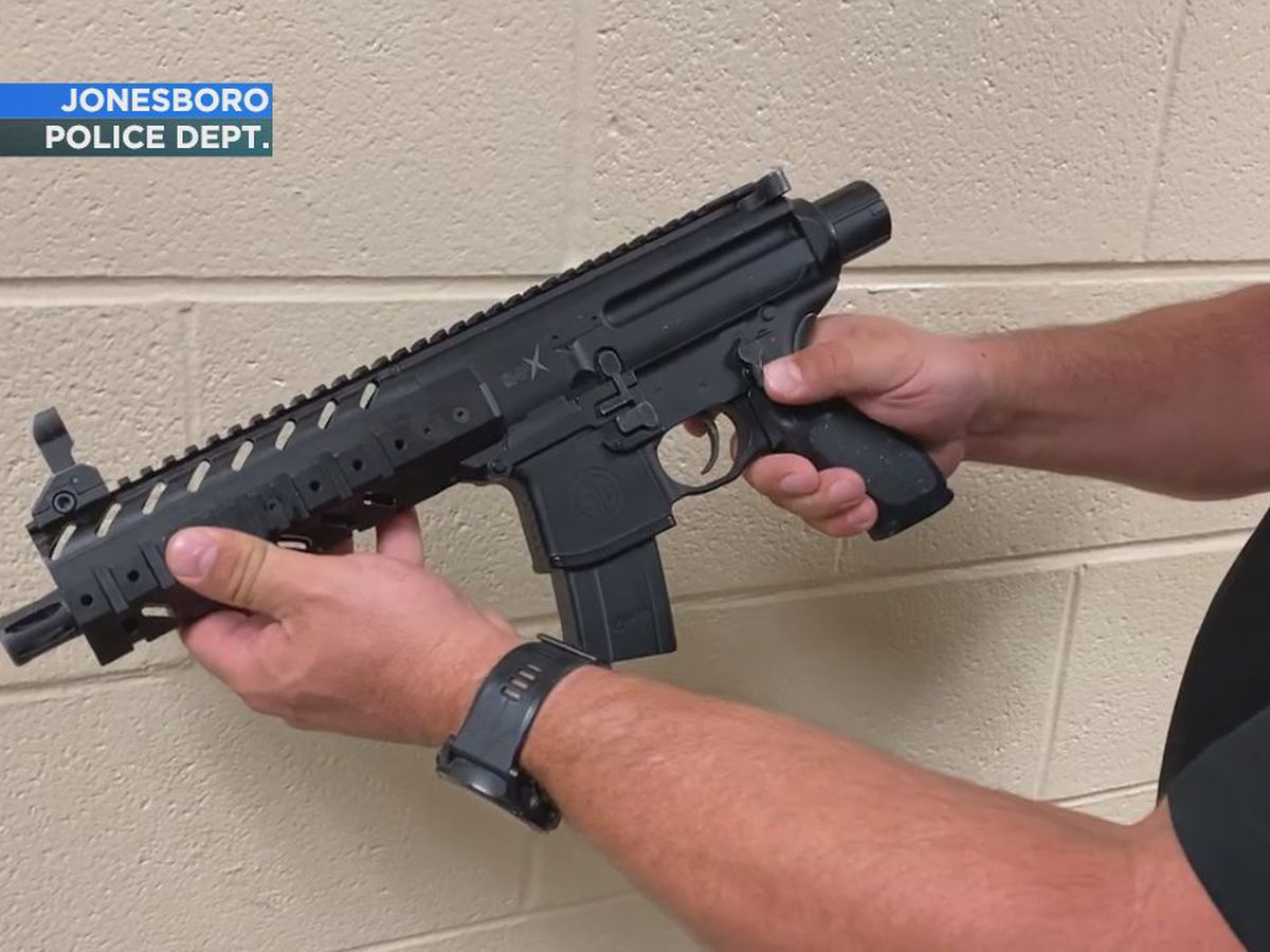 Jonesboro Police explains the troubles of differentiating between real and fake guns