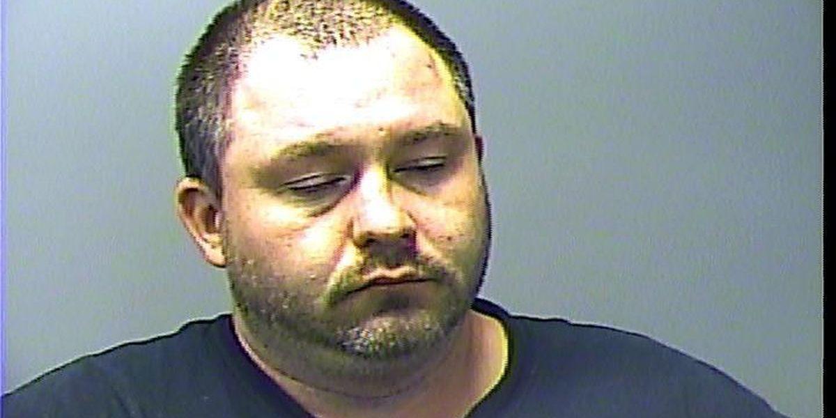 Deputies arrest man after fight in Baxter Co.