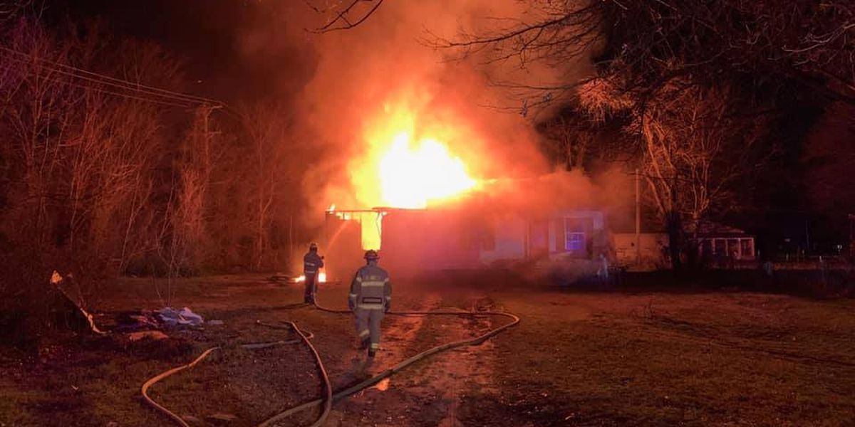 Early morning fire in Kennett takes family pet