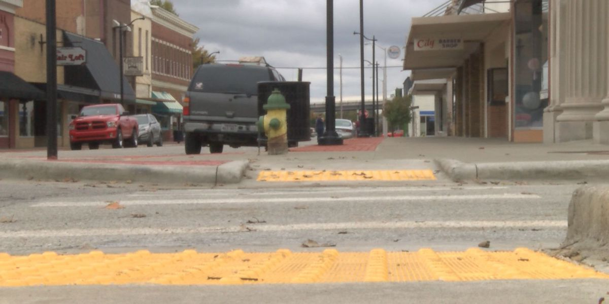 Downtown Paragould business likes idea to ban semi trucks downtown