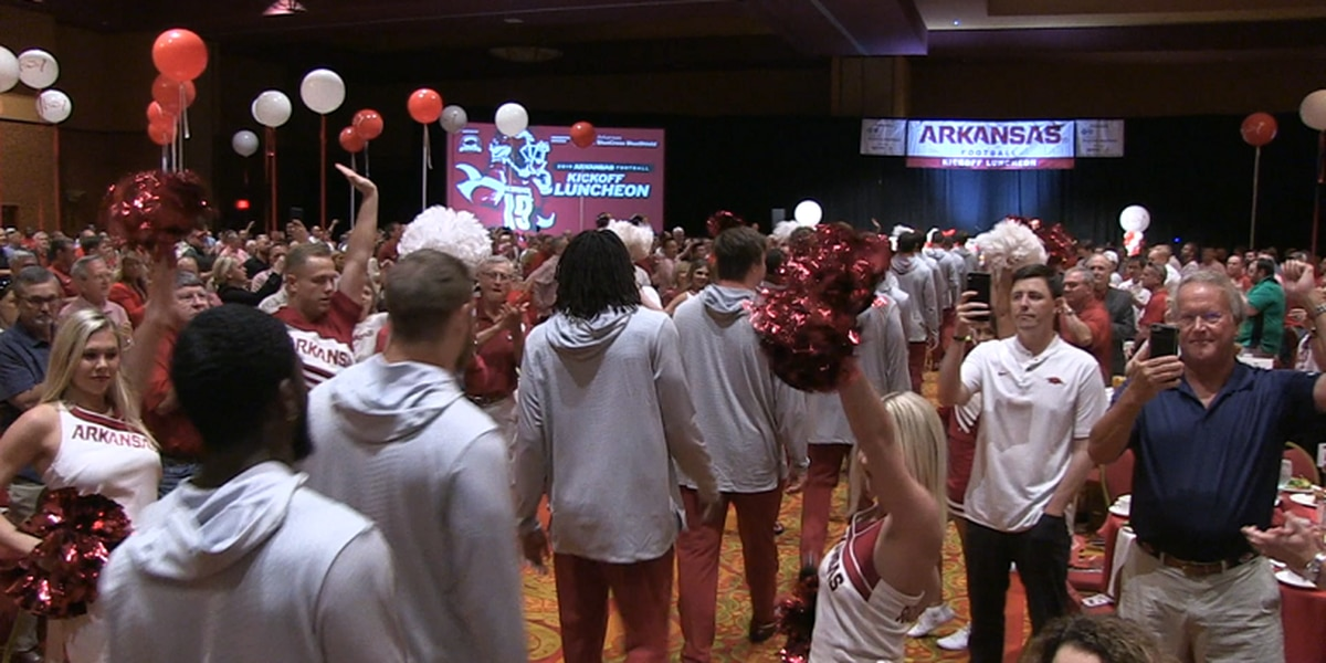 Morris reveals new award for Arkansas football at annual kickoff luncheon