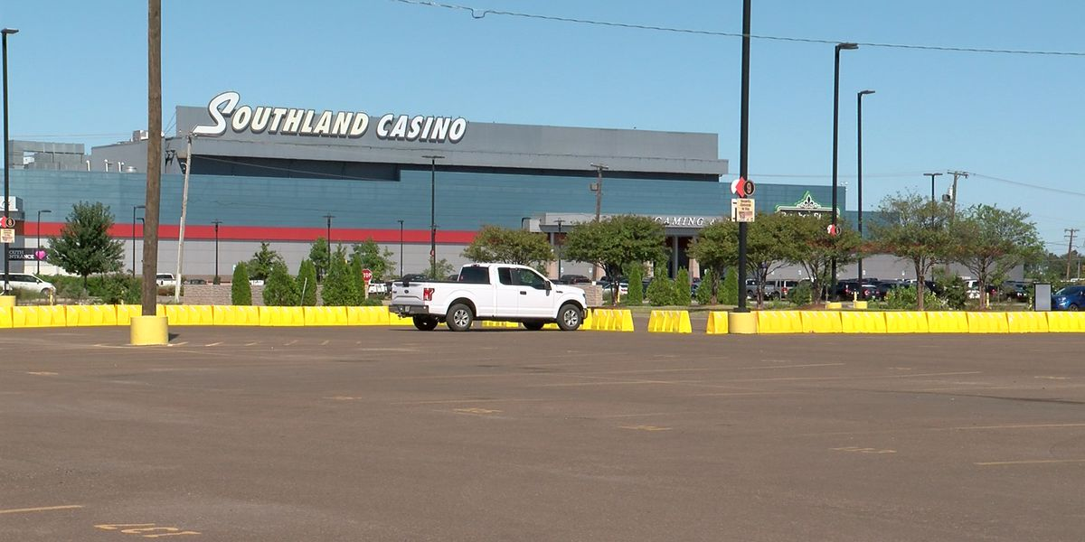 West Memphis mayor urging Mid-Southerners to stay home as city casinos reopen next week