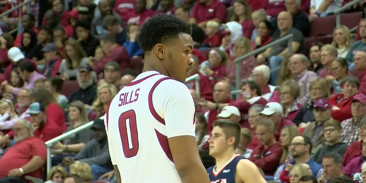Jonesboro's own Desi Sills coming into his own with Razorbacks