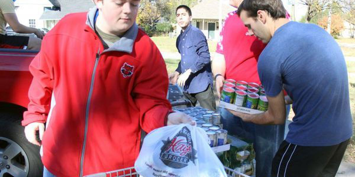 GR8 Job: A-State business students collect 2 tons in food drive