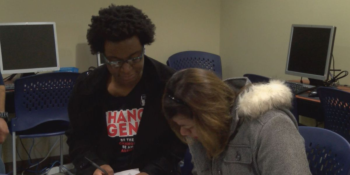 Region 8 residents get help with US citizenship