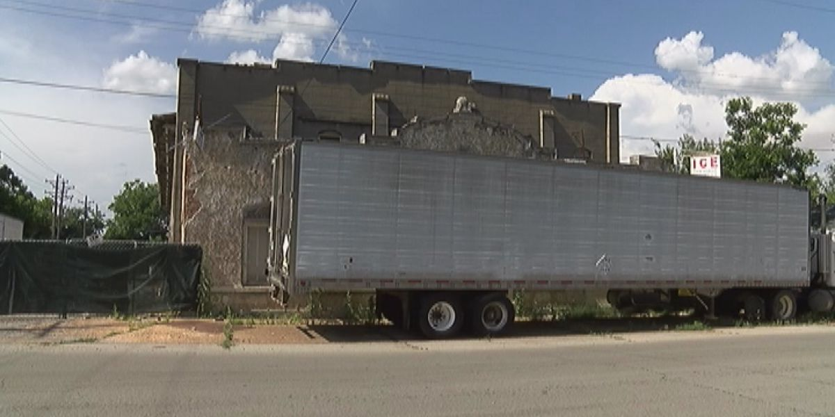 City leaders discuss future of Home Ice Co. building