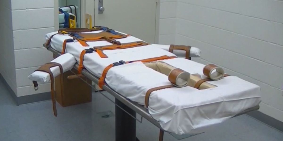 Arkansas AG seeks to move execution cases to federal court