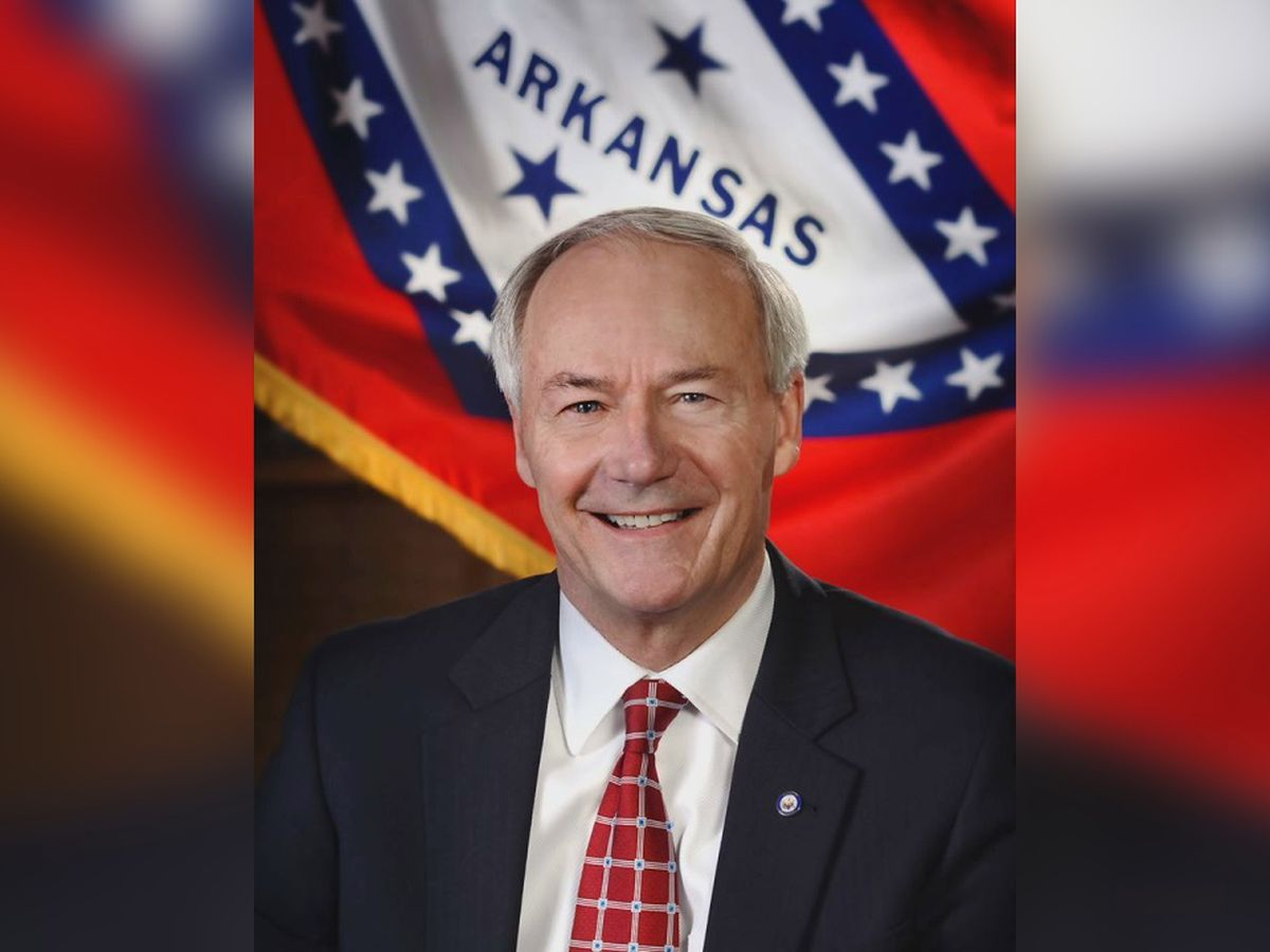 Gov. Hutchinson deploys Ark. National Guard ahead of flooding