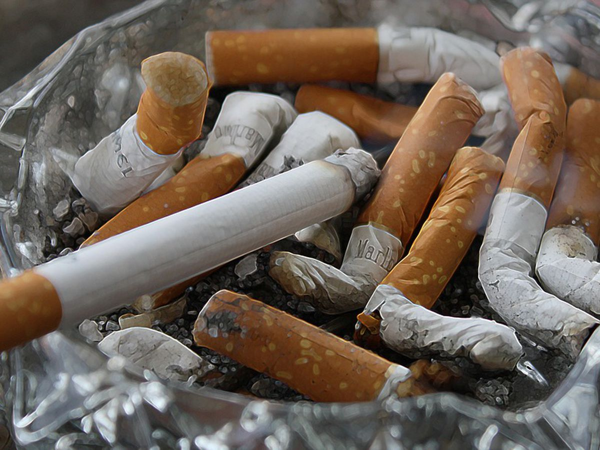 Arkansas bill: Raise cigarette taxes to pay for tax cuts