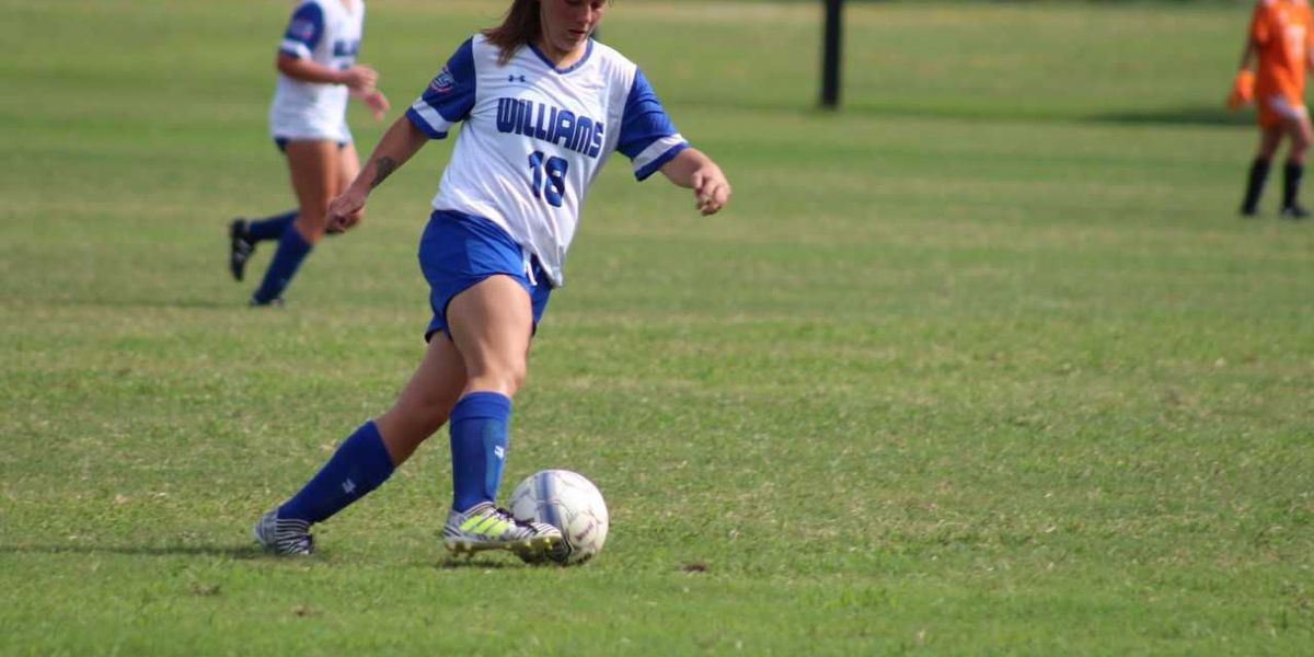 Mead's Assists Lead Lady Eagles Past Mustangs