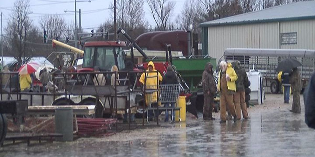 Region 8 FFA chapter holds farm equipment auction
