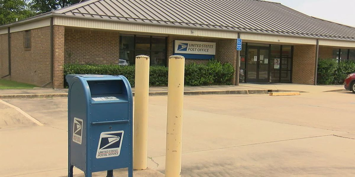 Mayor discusses postal service issues delivering mail