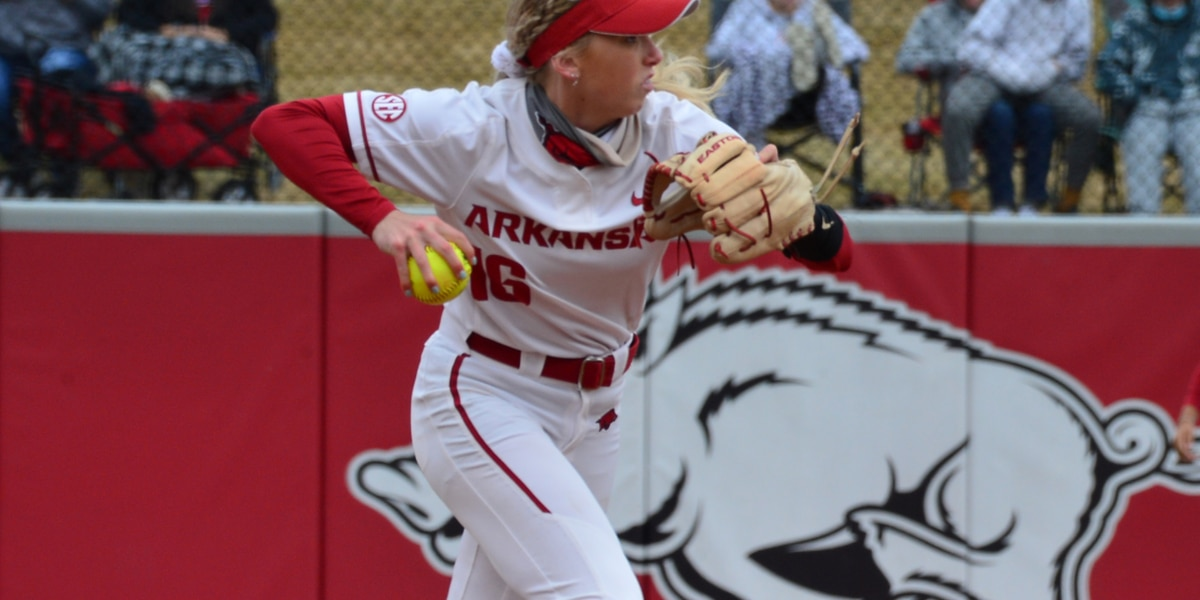 Razorbacks drop Saturday tilt with Missouri 6-3