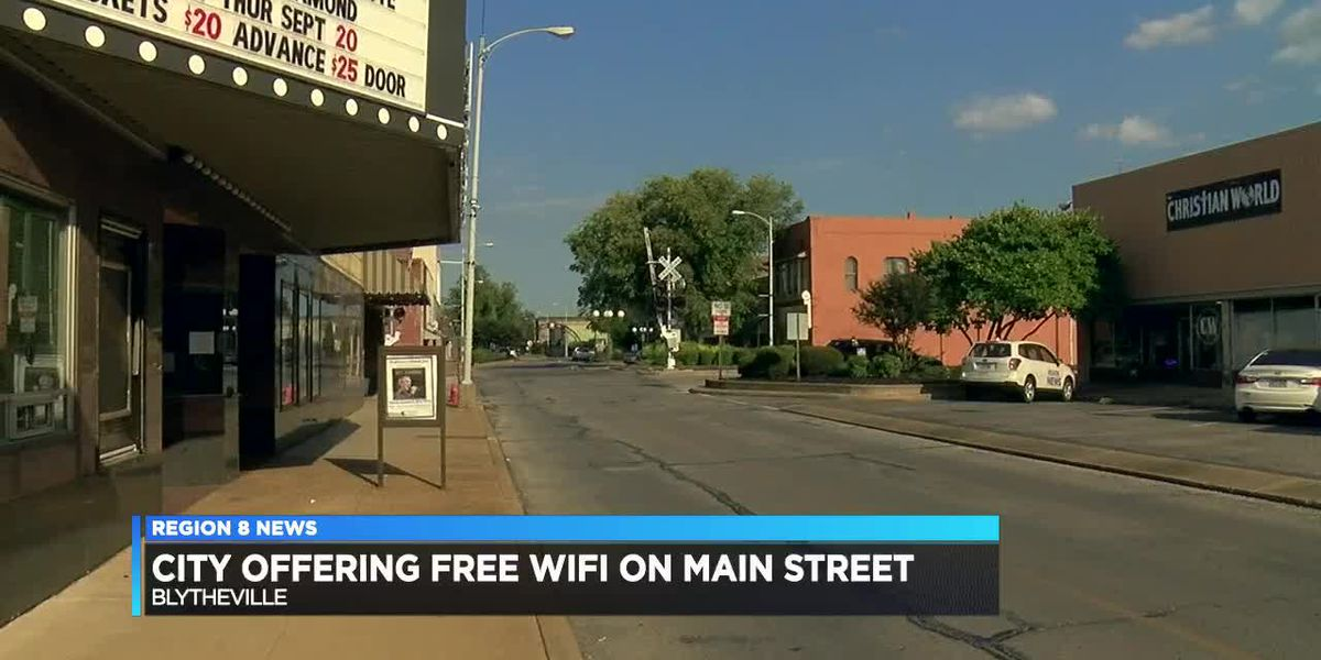 Blytheville providing free wifi on Main Street