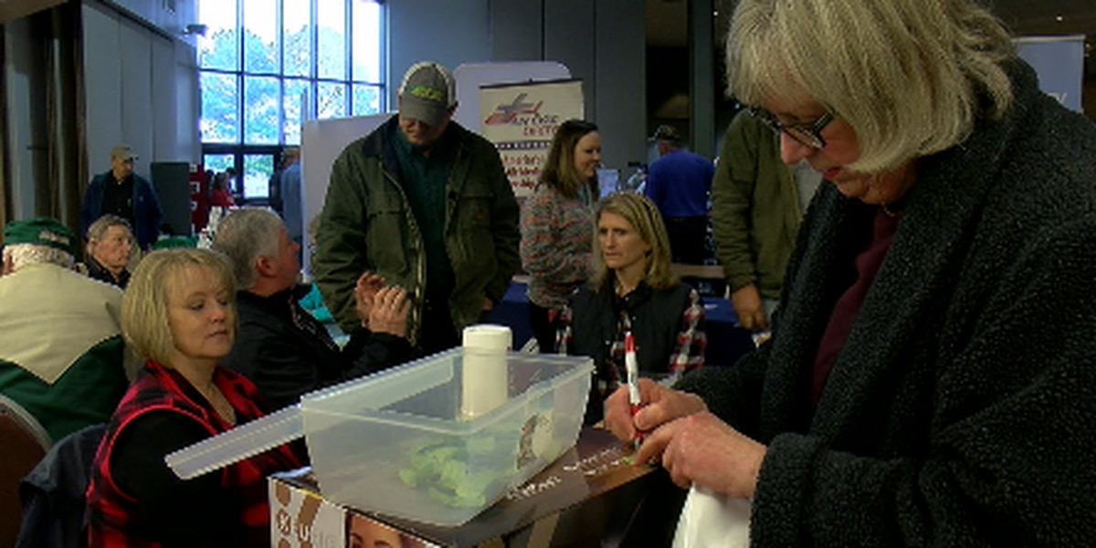 Farmers learn about new agricultural advances at expo