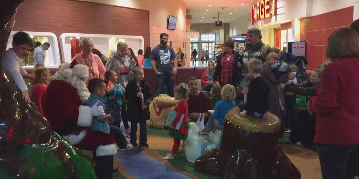 Santa Claus makes a pit stop in Jonesboro