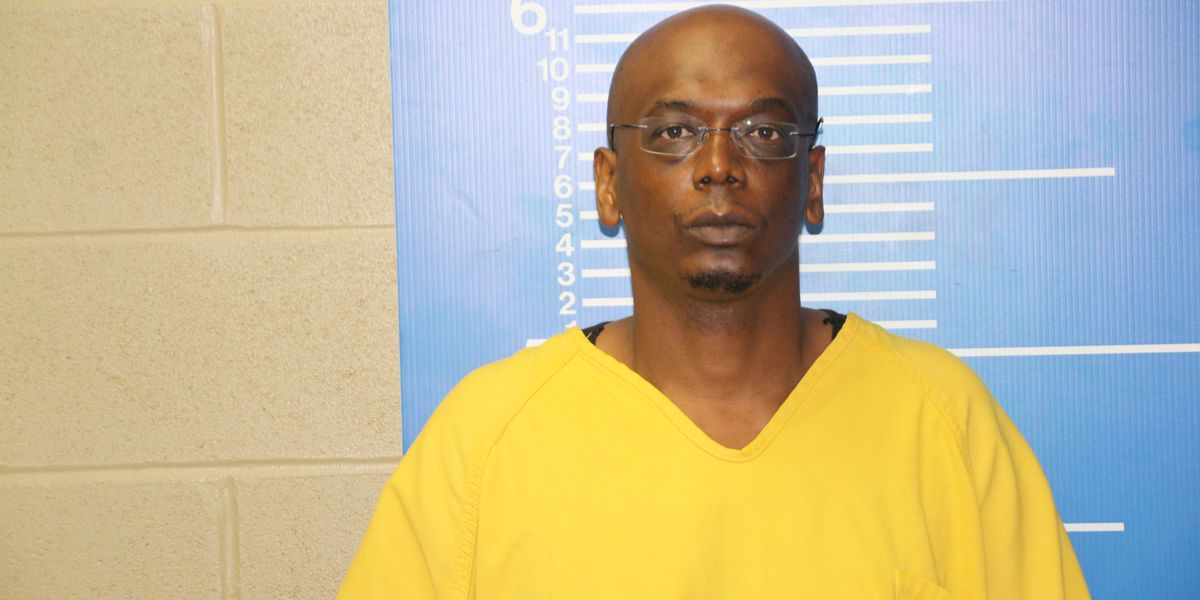 Man facing murder charge in connection to deadly stabbing in Sikeston, Mo.