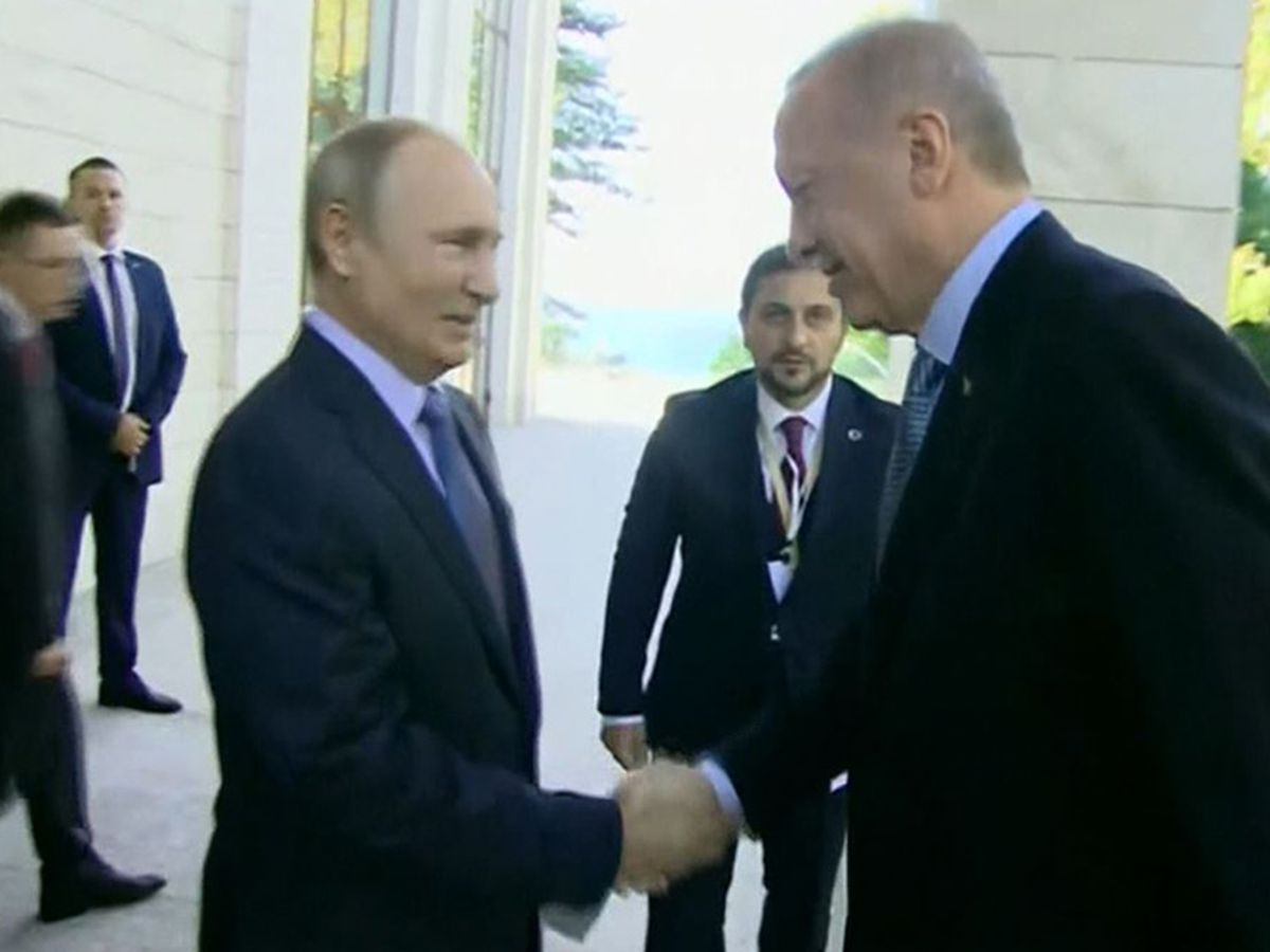 Russia, Turkey hold talks on future of Syria border region