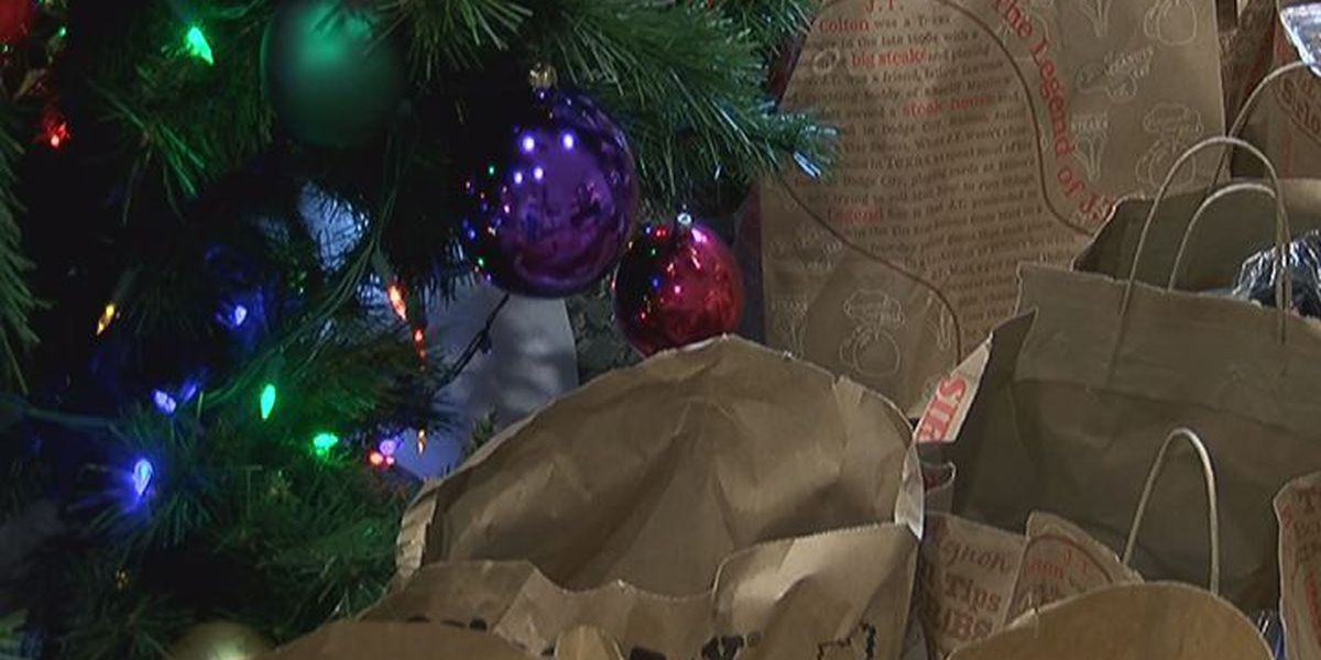 Veterans give back to their own for the holidays