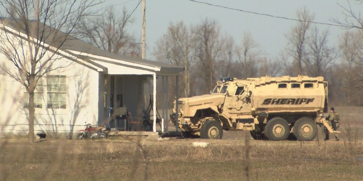 Hours-long standoff ends with felon in custody