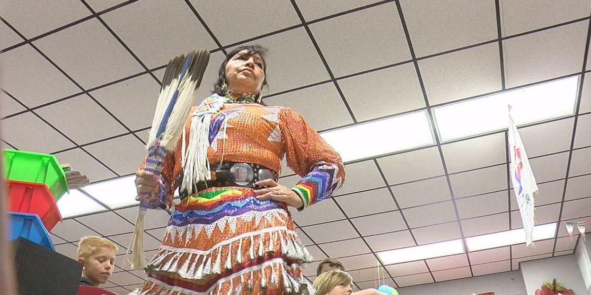 Elementary students explore Native American culture