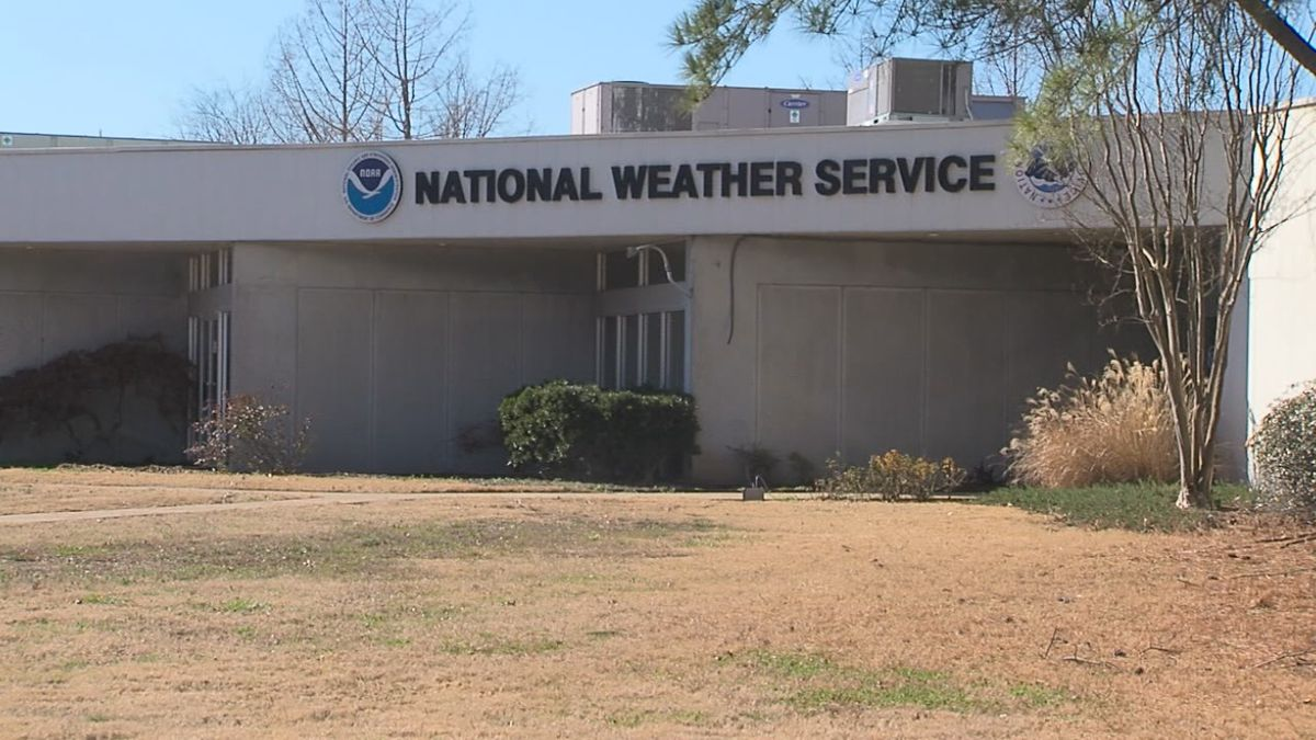 Government shutdown affects National Weather Service