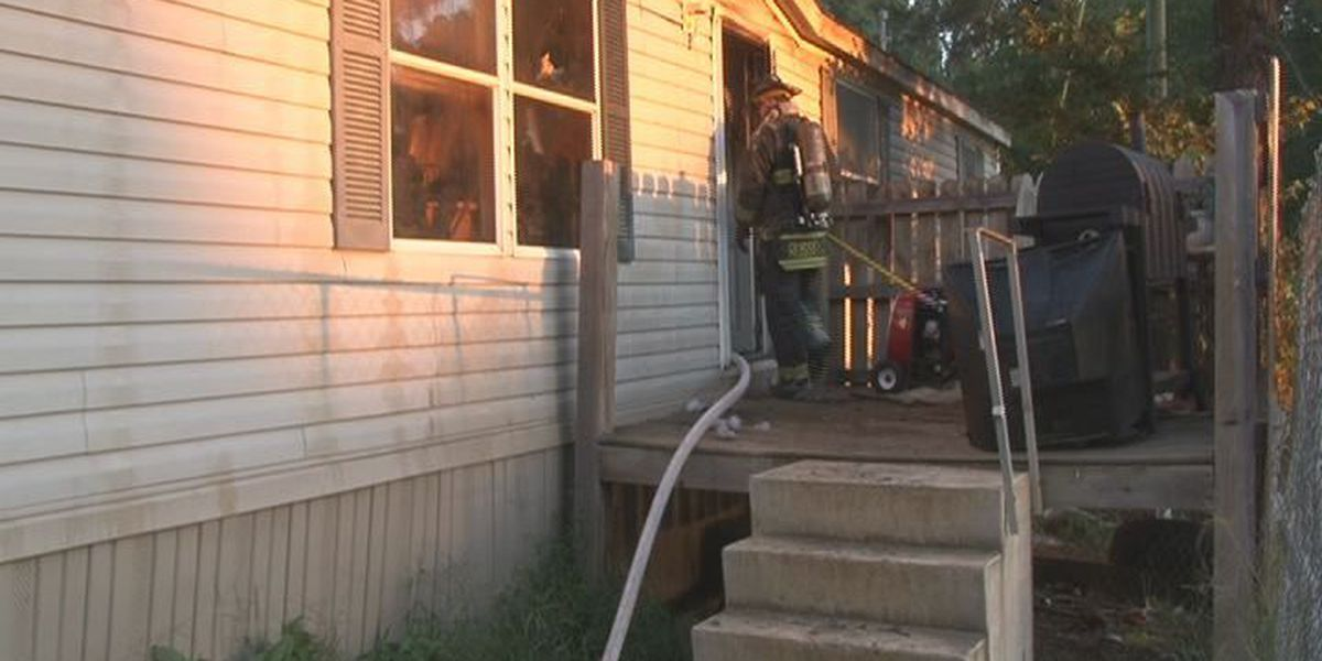 Cooking fire damages south Jonesboro home