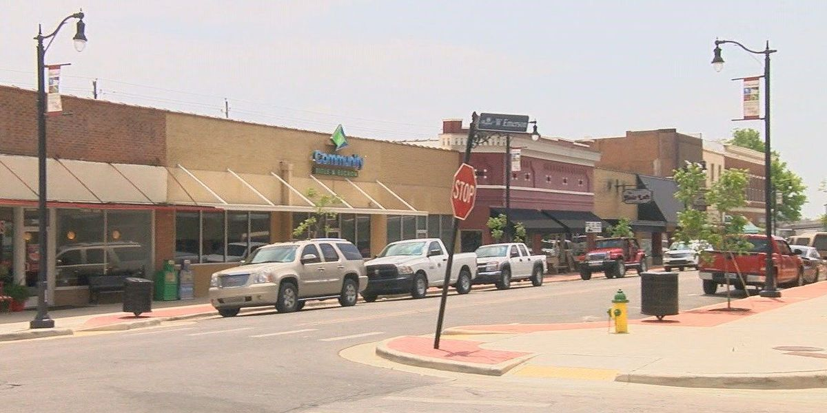 Paragould businesses, police prepare for summer