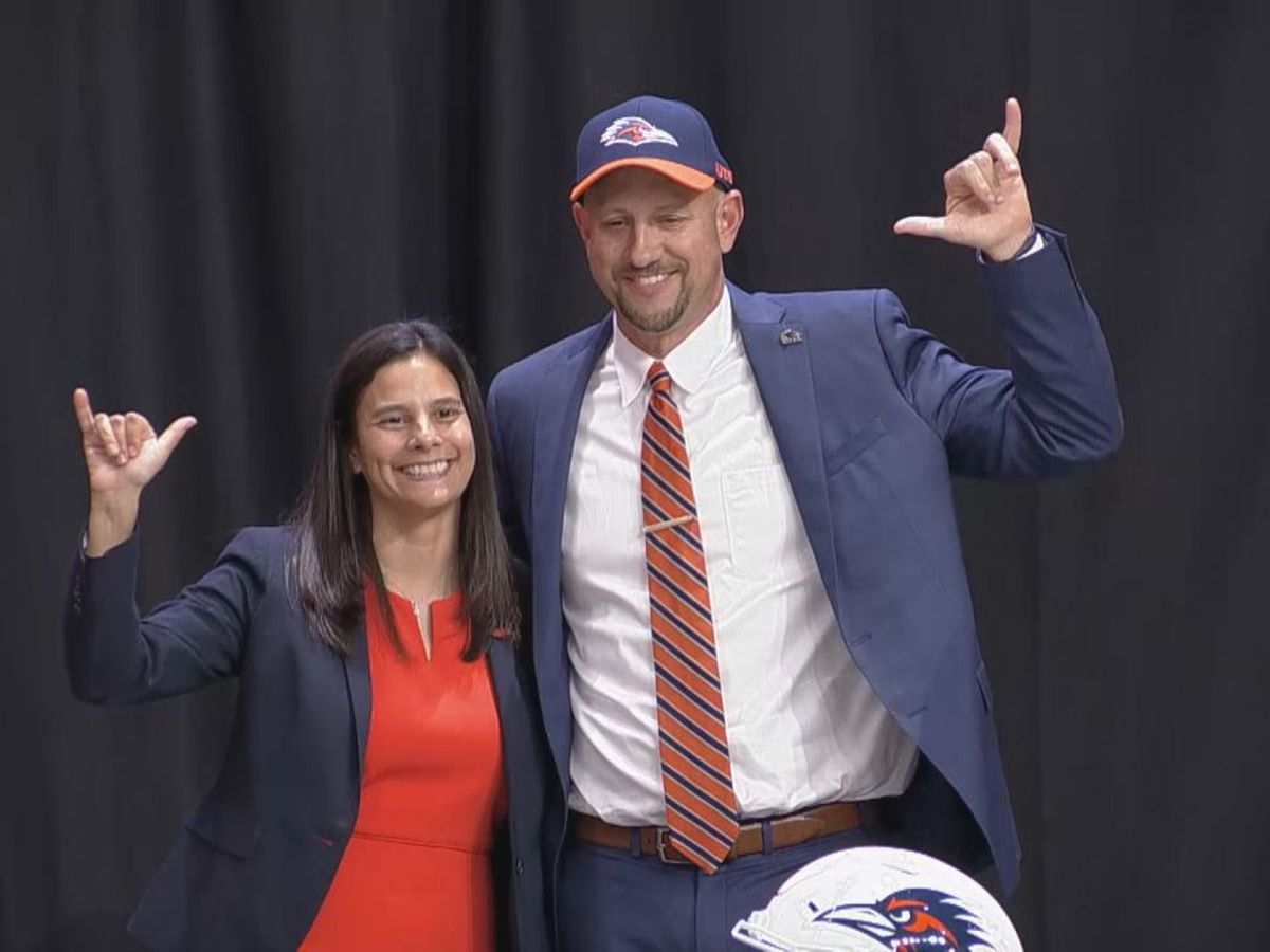 Gilmer's Jeff Traylor makes Texas-sized impact at UTSA introduction