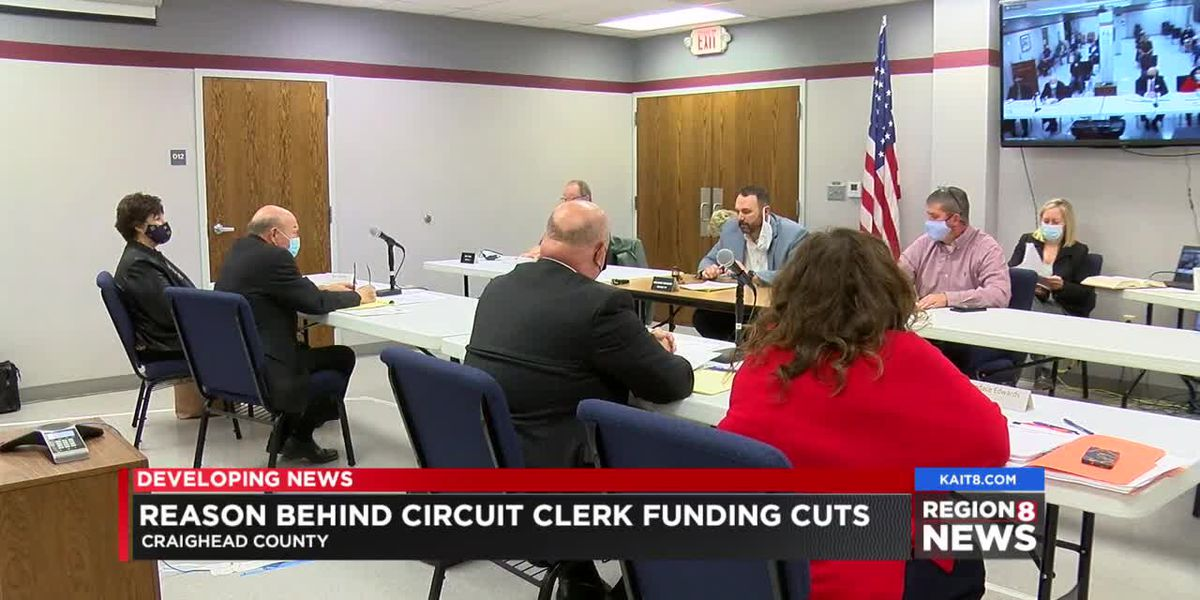 New reaction over funding cuts to circuit clerk's office