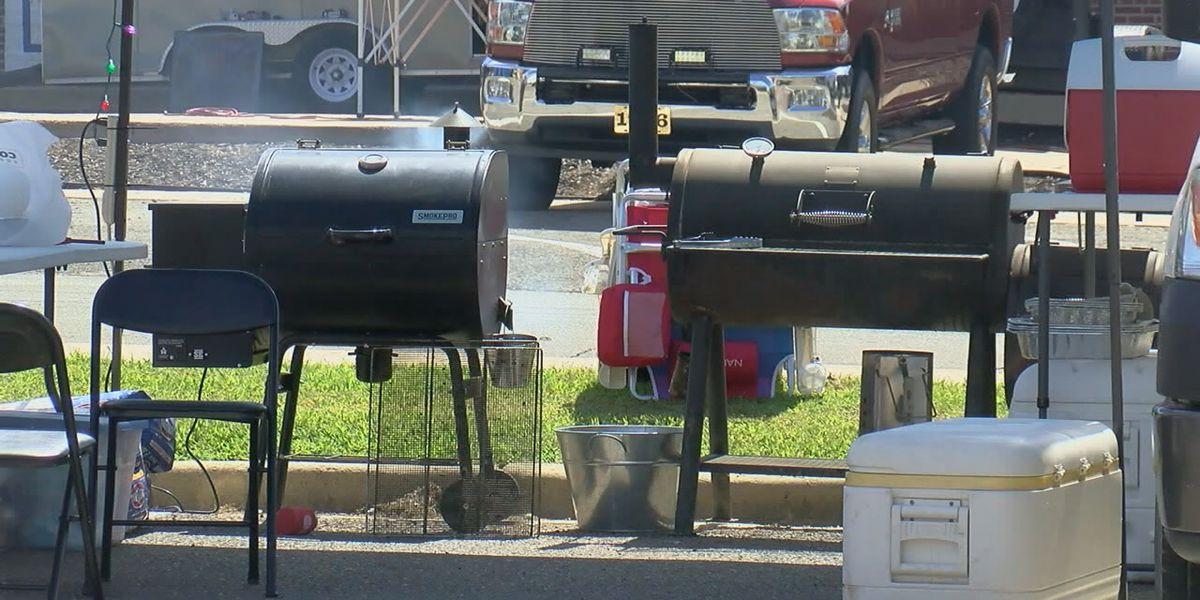 Downtown Jonesboro BBQ festival seeing lots of people