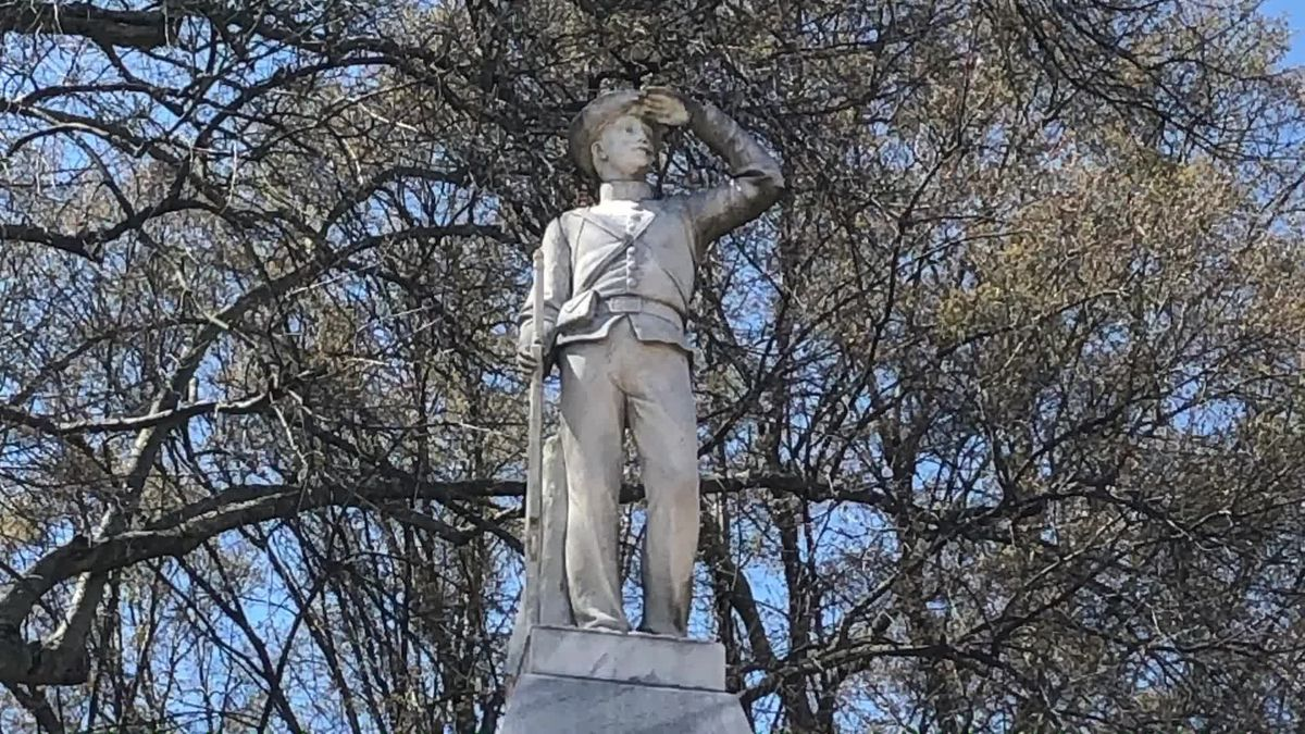 University of Mississippi files notice to move Confederate monument