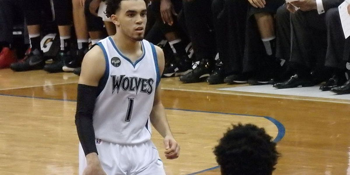 Grizzlies sign offer sheet for PG Tyus Jones
