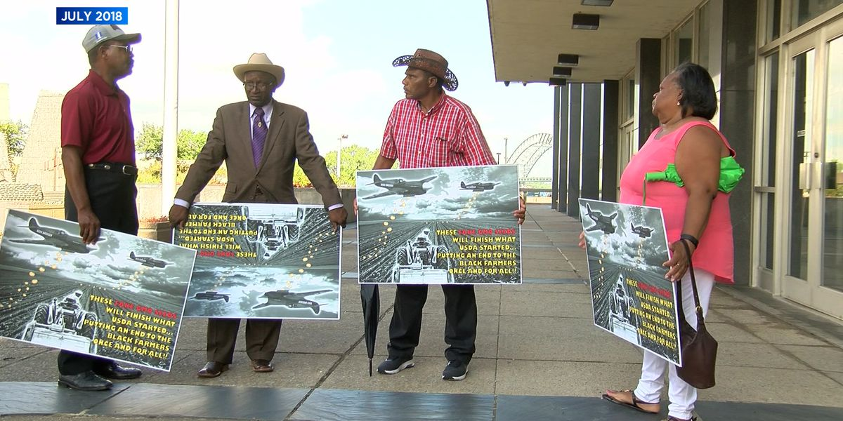 Black farmers' lawsuit over fake seeds heads to court