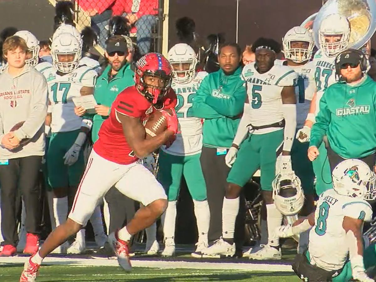 Omar Bayless named a Biletnikoff semifinalist, fans can vote for Arkansas State WR