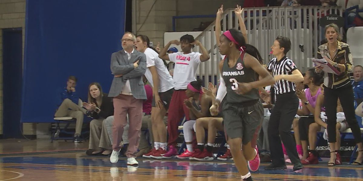 Arkansas women give scare to #17 Kentucky in 61-59 loss