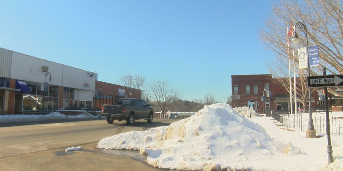 Randolph County, Pocahontas work to clear roads, serve community