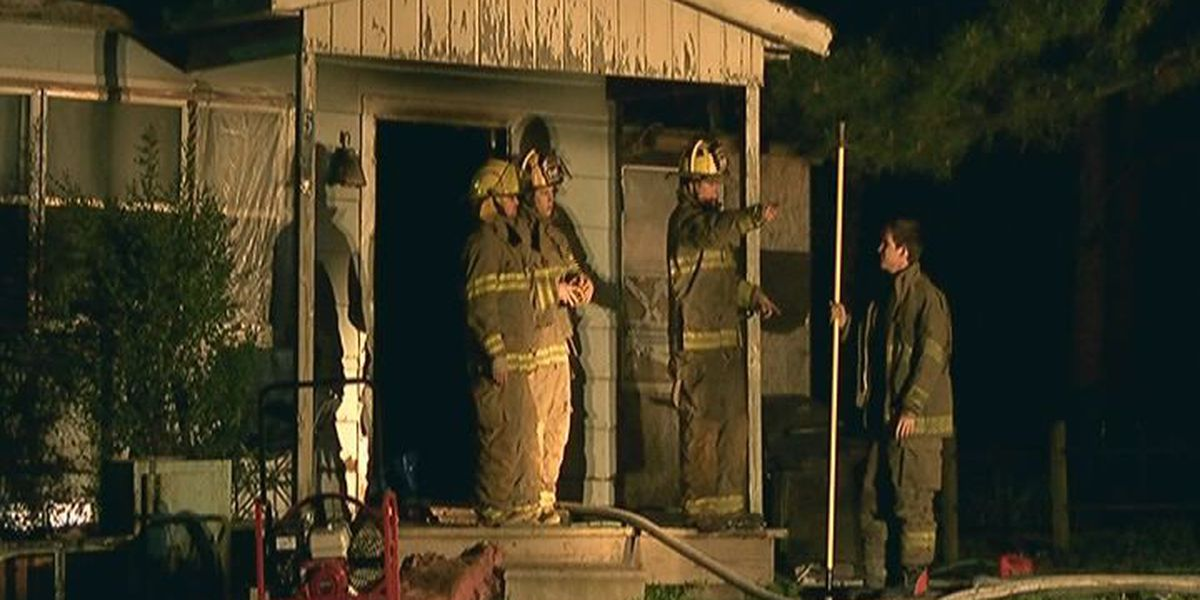 Crews respond to early morning fire in south Jonesboro